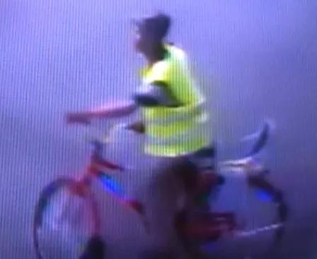 Homem é flagrado furtando bicicleta em Santo Antônio de Jesus