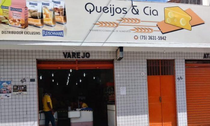 Vídeo: Loja de laticínios é alvo de assalto no Centro de S. A. de Jesus