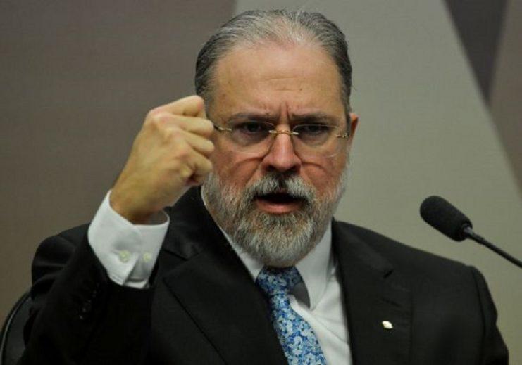 Aras nomeia procurador militar para cargo que foi de procurador da República