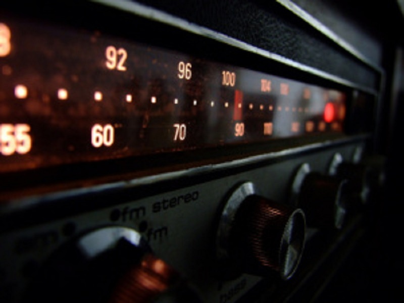Audiência do rádio cresce 20% durante isolamento social, aponta pesquisa