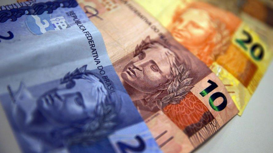 Receita recolhe R$ 109,7 bilhões em março e registra menor arrecadação desde 2010