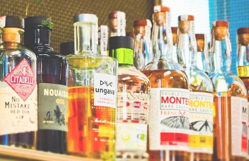 OMS recomenda restrição de bebida alcoólica durante quarentena