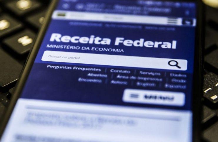 Receita regulariza mais de 90 mil CPFs para concessão do auxílio de R$ 600