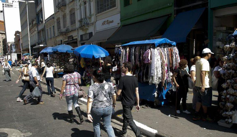 Taxa de informalidade cai para 39,9% da população ocupada