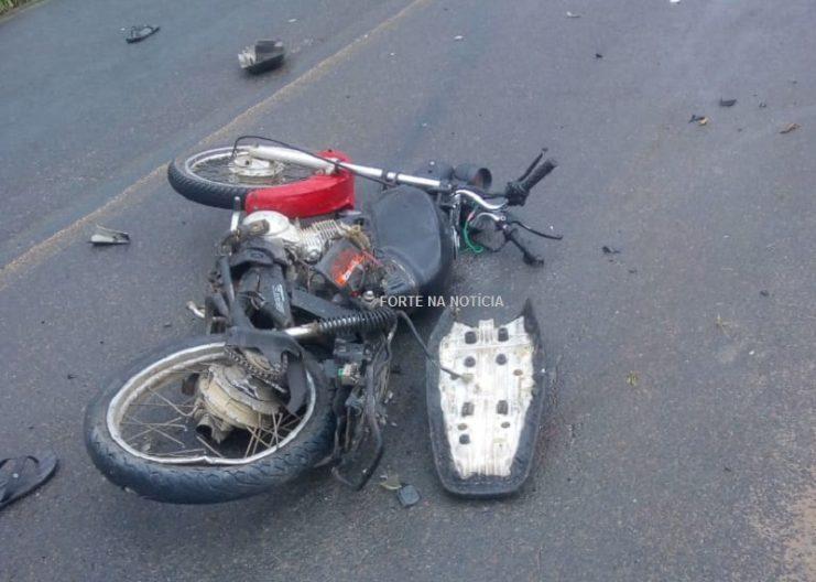 Acidente entre carro e moto faz vítima fatal na BA-491, trecho de Cabaceiras do Paraguaçu