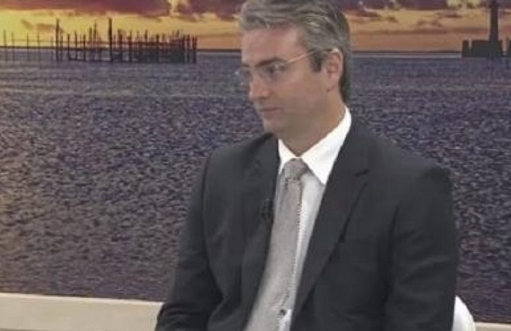 Bolsonaro nomeia aliado de Ramagem, barrado pelo STF, para comando da PF