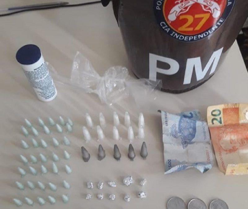 Homem suspeito de envolvimento com o tráfico é preso com drogas em Governador Mangabeira