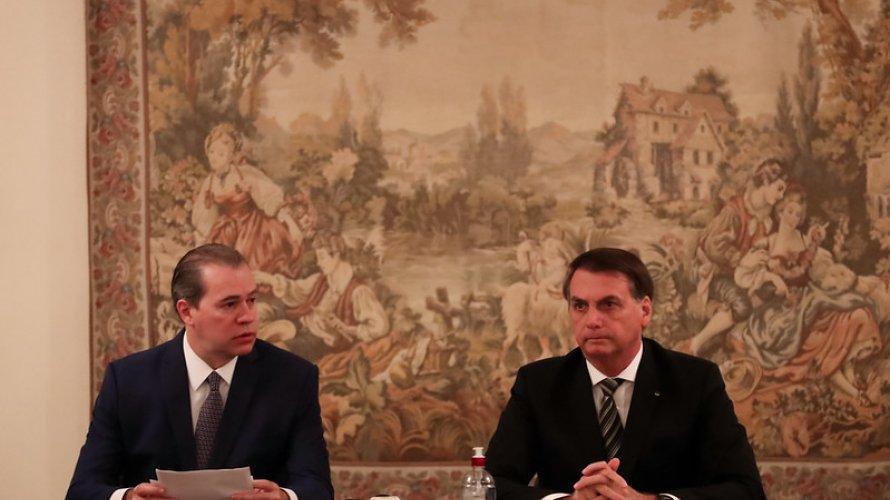 Ministros criticam ida de Bolsonaro ao STF, e Toffoli também é alvo de reclamações