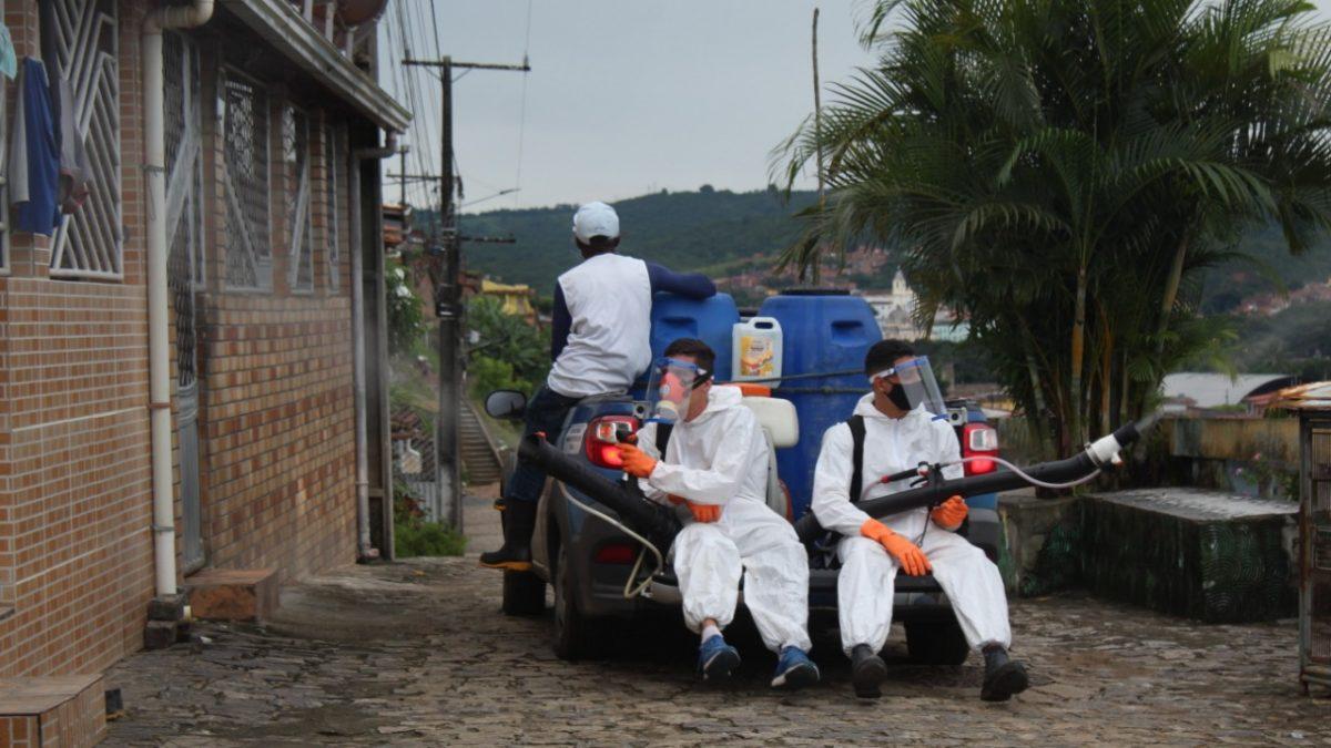 Prefeitura de São Félix realiza segunda etapa da aplicação do fumacê contra dengue