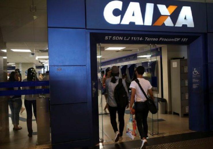 3,5 milhões de pessoas ainda não conseguiram movimentar auxílio emergencial, diz Caixa