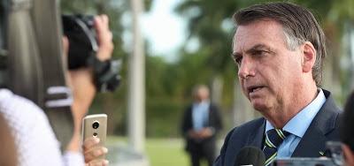 Bolsonaro diz que vazamento de dados pessoais é 'intimidação' e promete 'medidas legais'