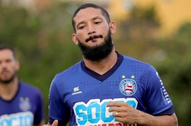 Bahia decide não renovar contrato com Arthur Caíke
