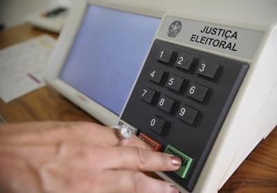 Relatório do Senado propõe dias 15 e 29 de novembro para eleições municipais