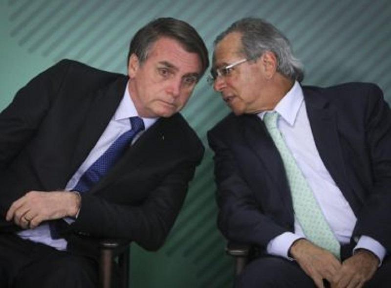 Bolsonaro estenderá auxílio emergencial em duas parcelas de R$ 600, diz jornal