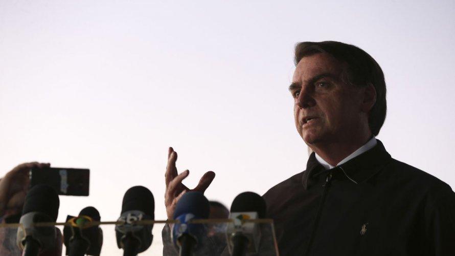 Bolsonaro edita decreto e altera prazos para licenças e serviços de radiodifusão