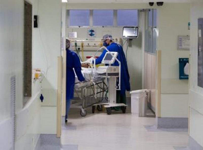 Profissionais da saúde infectados por Covid-19 ultrapassam os 5,3 mil na Bahia