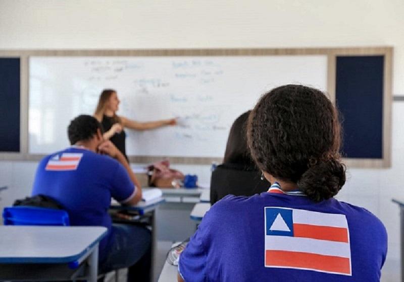 Quero reafirmar: o ano letivo não será cancelado na Bahia', diz Rui