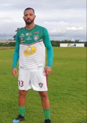 Tiago Leal é o novo reforço do Flu de Feira