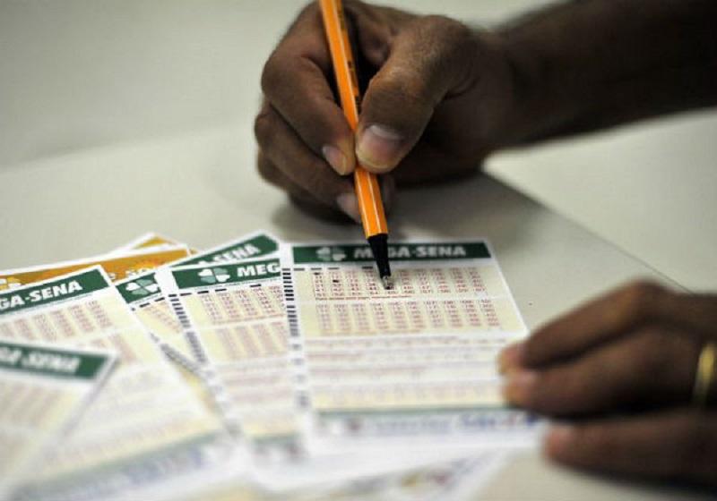 Sem vencedores, Mega-Sena acumula e pode pagar R$ 29 milhões no próximo sorteio