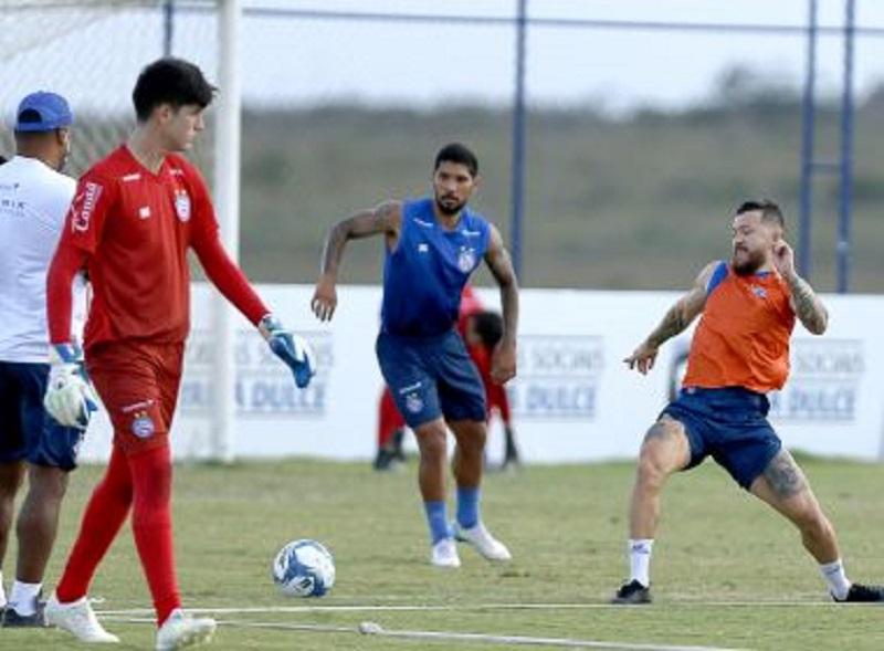 Com Rossi no campo, Bahia finaliza preparação para 1º jogo contra o Ceará