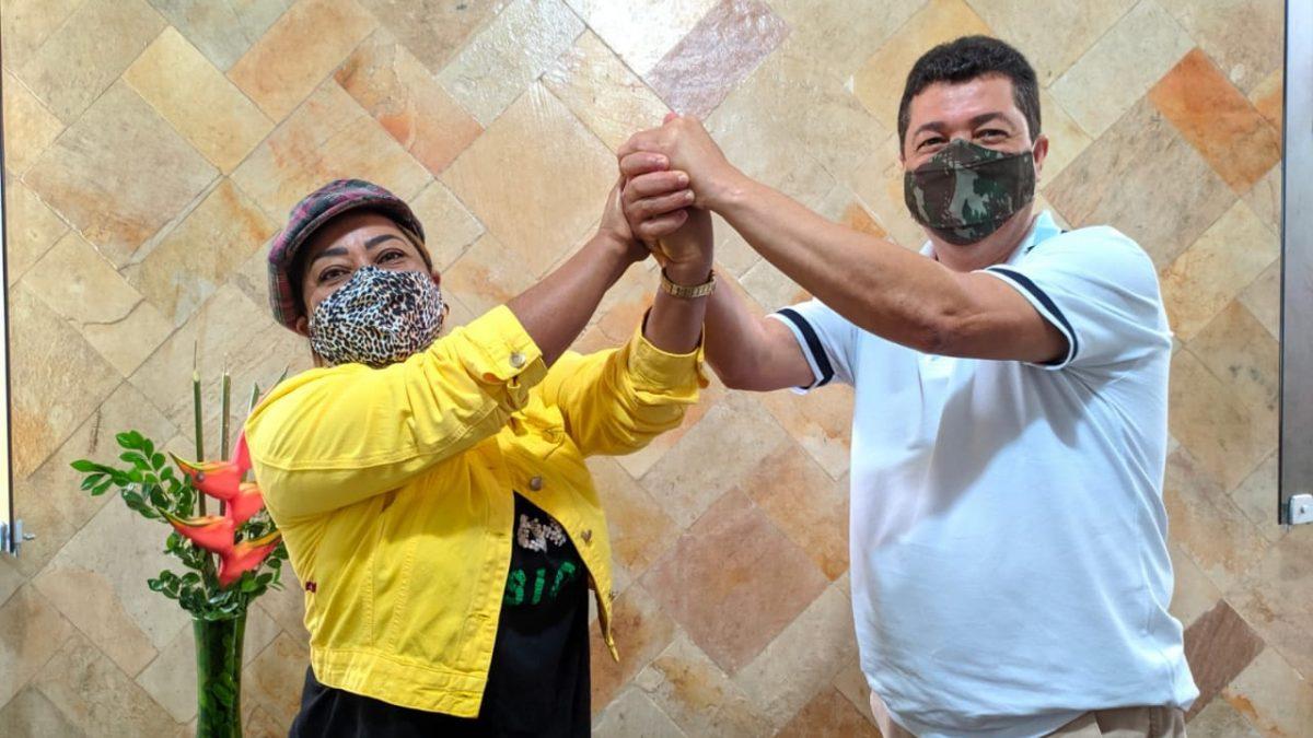 Roque Isquem declara apoio a Mara, pré-candidata a prefeita de Muritiba