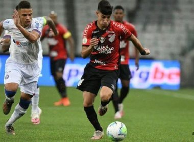 Bahia perde para o Athletico-PR e chega ao nono jogo sem vencer