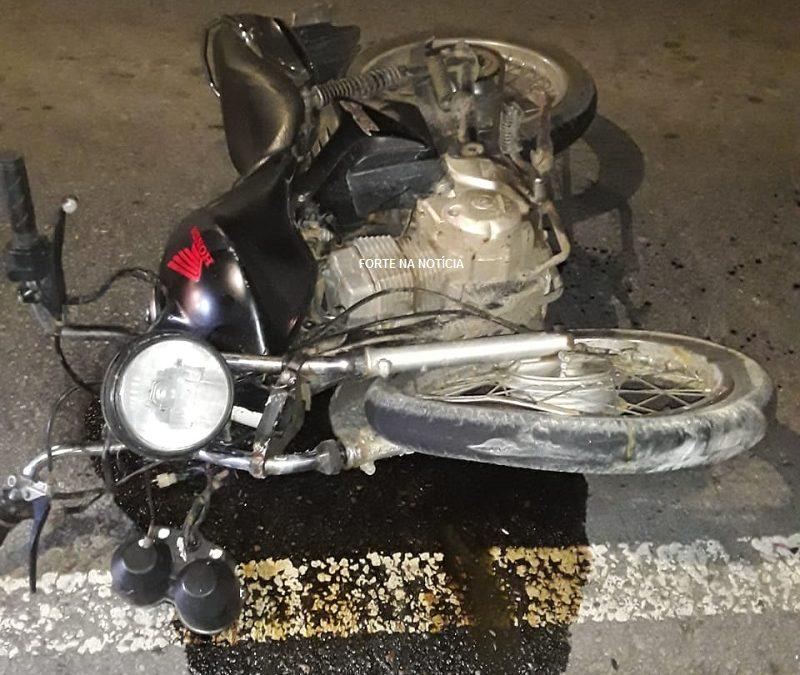 Colisão entre carro e moto deixa duas pessoas feridas na BR-101, em Governador Mangabeira