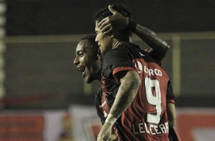 Em jogo movimentado, Vitória vence o Cuiabá no Barradão pela Série B