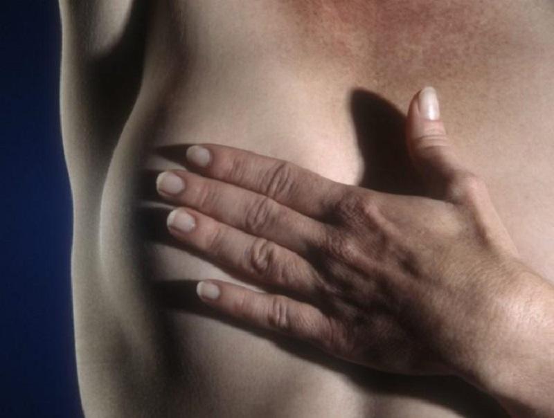 Cuidados contra câncer de mama não podem esperar fim da pandemia, alerta especialista