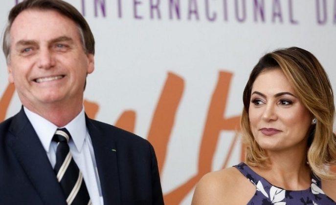 Governo Bolsonaro envia a programa de Michelle R$ 7,5 milhões doados para compra de testes da Covid-19