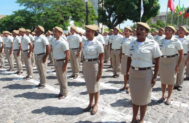 Governo da Bahia vai publicar nesta sexta resultado final de concurso da PM e bombeiros