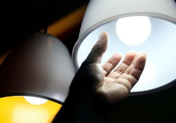 Conta de luz voltará a ter taxa extra e ficará mais cara em dezembro, anuncia Aneel