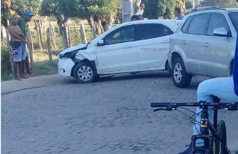 Após tomar veículo de assalto, criminosos fogem e se envolvem em acidente em Cruz das Almas