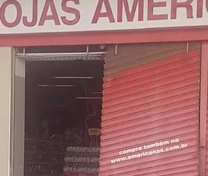 Unidade das Lojas Americanas é arrombada em Cruz das Almas