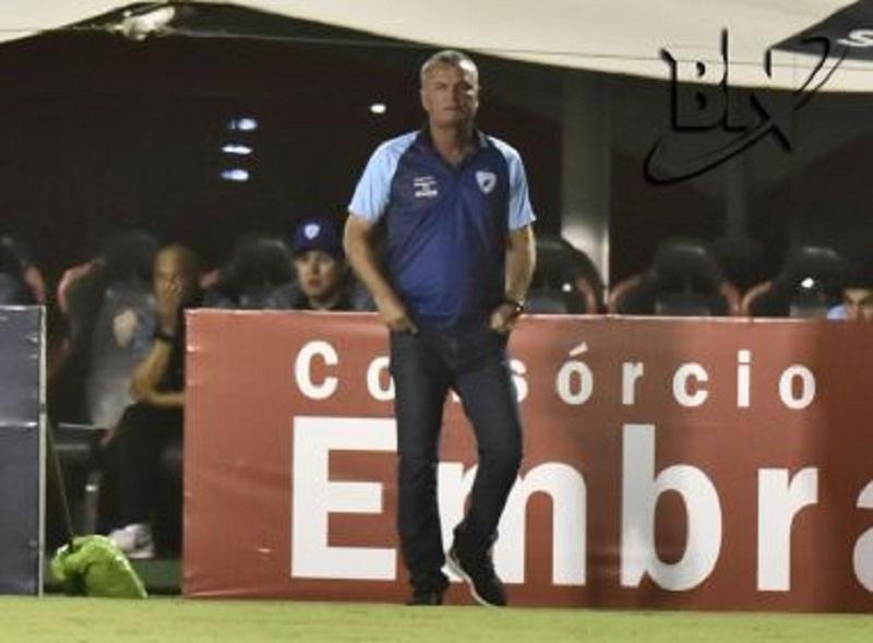 Mazola Júnior é o novo treinador do Vitória para a sequência da Série B