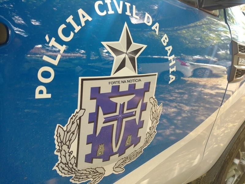 Motocicleta é tomada de assalto por homens armados em Governador Mangabeira.