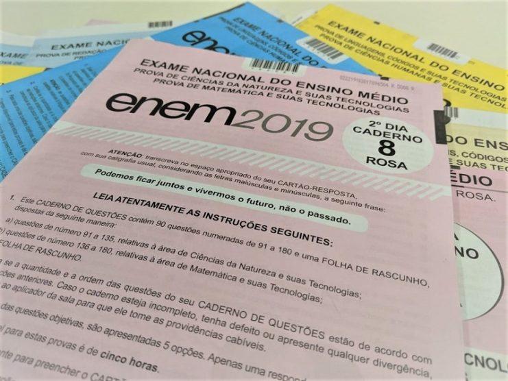 Sesi Bahia transmite aulas de revisão para o ENEM 2020 pela internet; confira programação