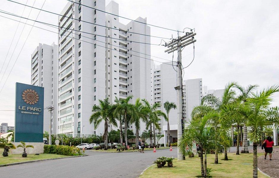 CONCEIÇÃO DA FEIRA: Prefeito Pompílio e esposa são achados mortos em condomínio de luxo na Avenida Paralela em Salvador