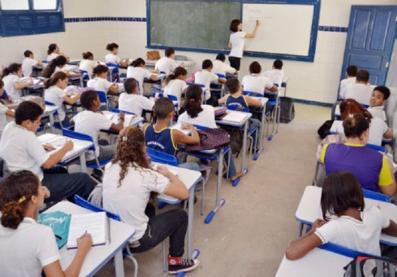 PGE pede ao TJ-BA que suspenda retomada das aulas